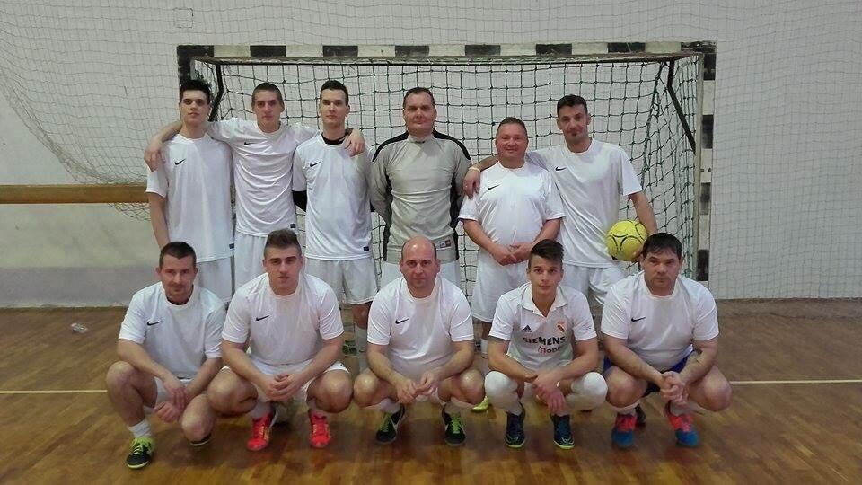 Tovább erősíti az élmezőnyt az Ecorgan-Rókák csapata, míg a középmezőnyt a Horváth Légtechnika Kft. csapata