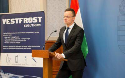 A Vestfrost 4,4 milliárd forint beruházással bővíti gyártó- és raktározási kapacitását Csongrádon